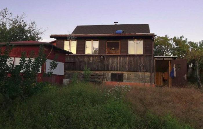 Chata v Lelekovicích ze západní strany. Mé místo u Brna.